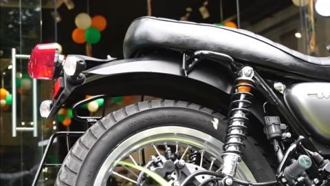Kawasaki W800 Bs6 Rear suspension view