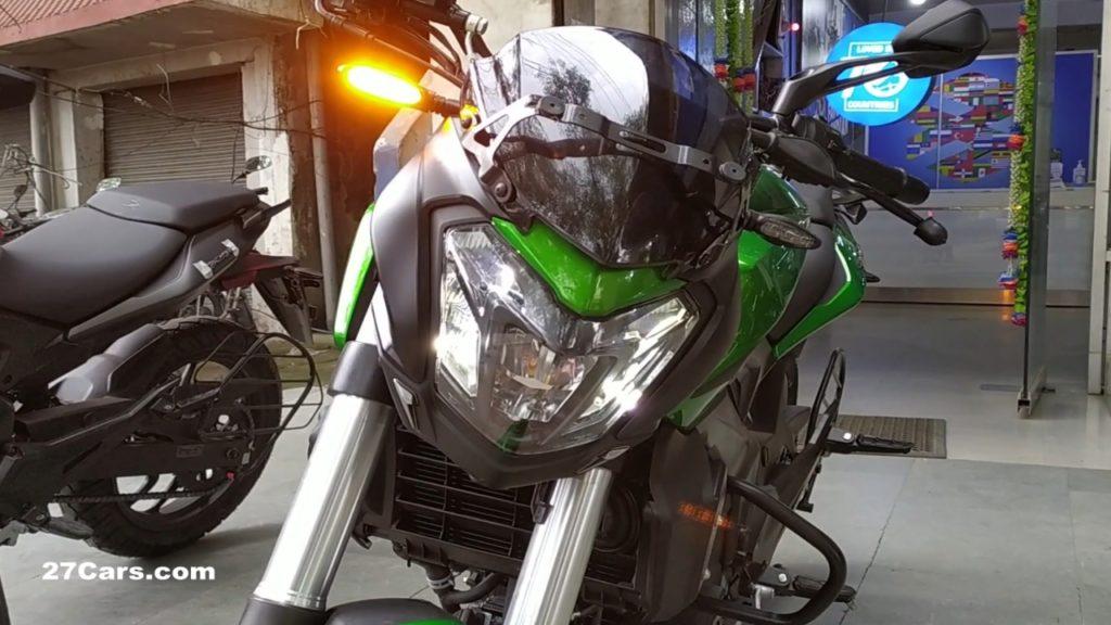 Bajaj Dominar 400 Front Head Lights, Turn-light indicator